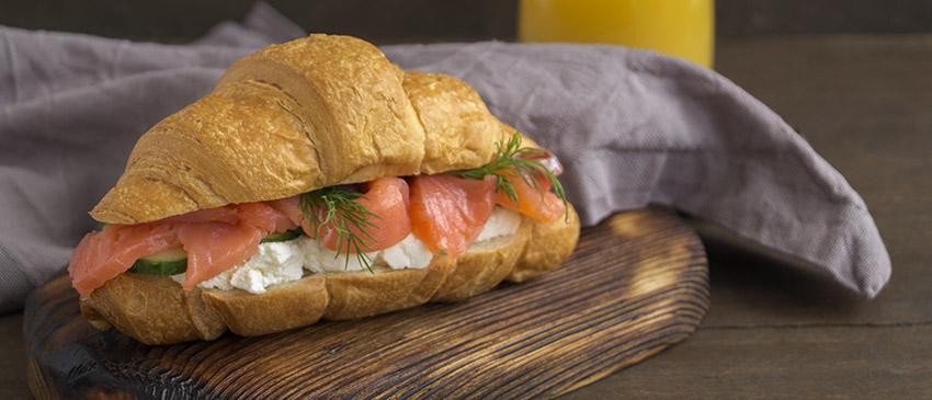 proteine-dieet-recept-croissant-zalm-roomkaas