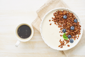 Koolhydraatarm ontbijt Griekse yoghurt met chocola